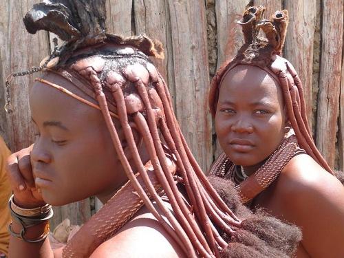 Девушки химба считаются самыми красивыми представительницами племен