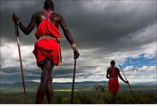 Полукочевые племена гордятся древними обычаями и традициями. Искусные воины, они были немногими, спасшимися от рабства.