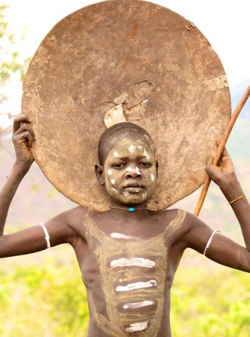 Борьба на палках донка играет важное значение для мужчин сурма