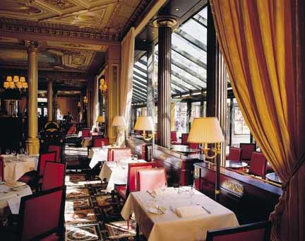 Café de la Paix входит в 50 самых лучших кафе мира
