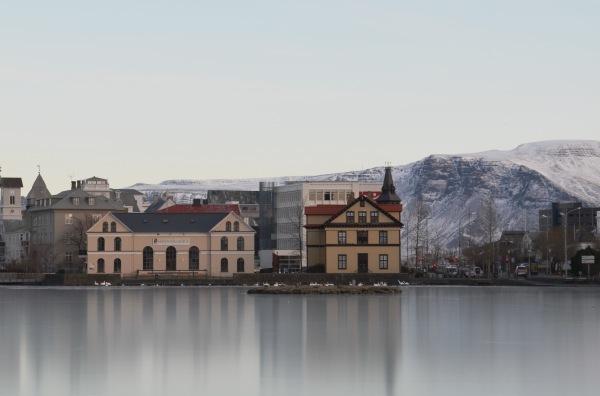 Озеро Тьйорнин